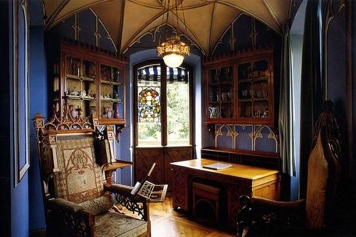 фото готического стиля в дизайне интерьера
